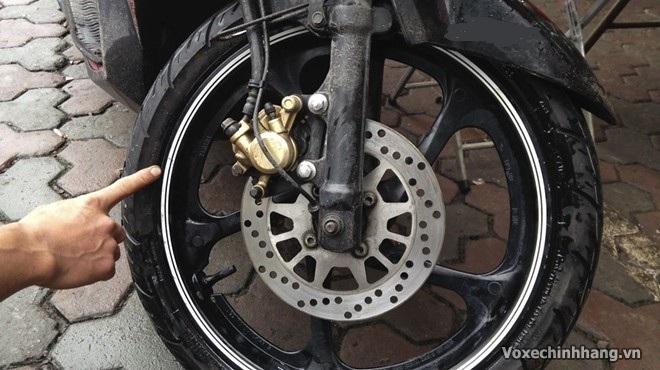 Cần lưu ý gì khi sử dụng vỏ không ruột cho xe máy - 4