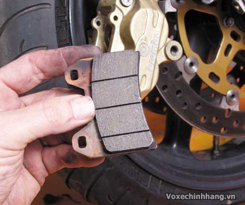 Những mẹo sửa xe máy mà đàn ông nên biết - 4