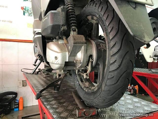 Lựa chọn vỏ xe pcx 125 có thể thay lốp chống đinh michelin cao cấp - 2