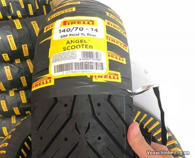 Vỏ xe pirelli 14070-14 angel scooter - 1