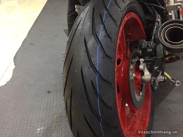 Yamaha r15 thay vỏ pirelli 150 có tốt không giá bao nhiêu - 4