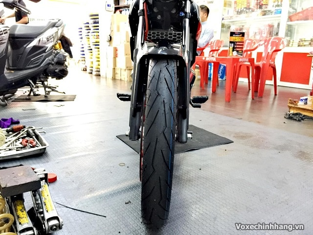 Vỏ xe pirelli diablo rosso sport 7090-17  - 1