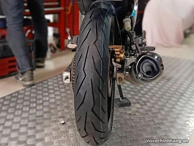 Vỏ xe pirelli diablo rosso sport 13070-17 - 1
