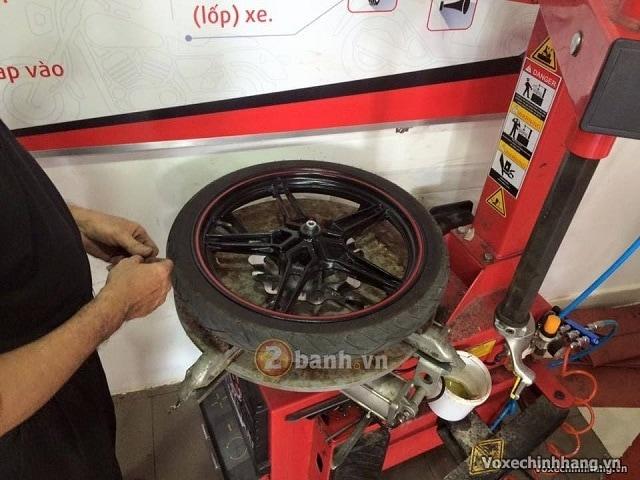 Nơi vá vỏ không ruột xe máy xe tay ga uy tín chất lượng tại tphcm - 2