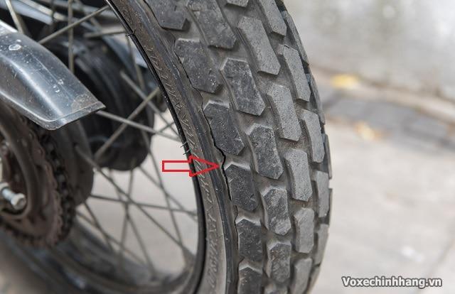 Khi nào cần thay lốp xe máy và các dấu hiệu nhận biết - 4
