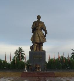 Bán lốp chống đinh Rhino Tire ở Nam Định