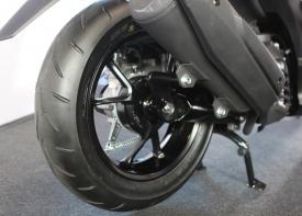Yamaha NVX nên xài lốp xe nào? Giá bao nhiêu tiền?